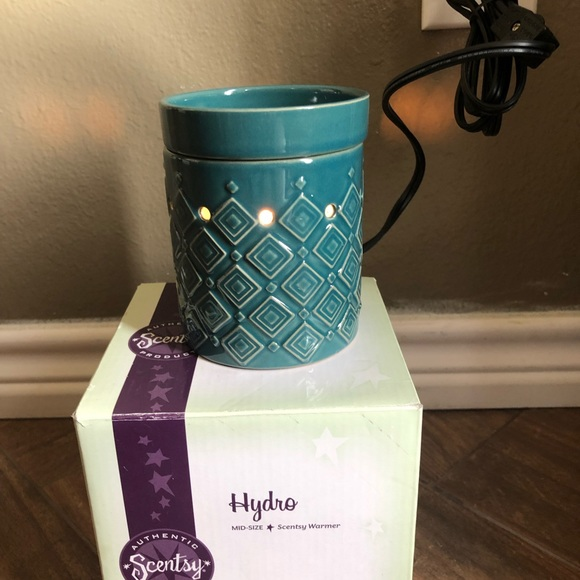 scentsy Other - Hydro mid size Scentsy Warmer